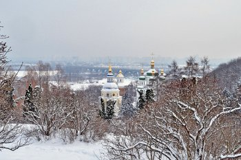 Kyiv sightseeing tours in winter